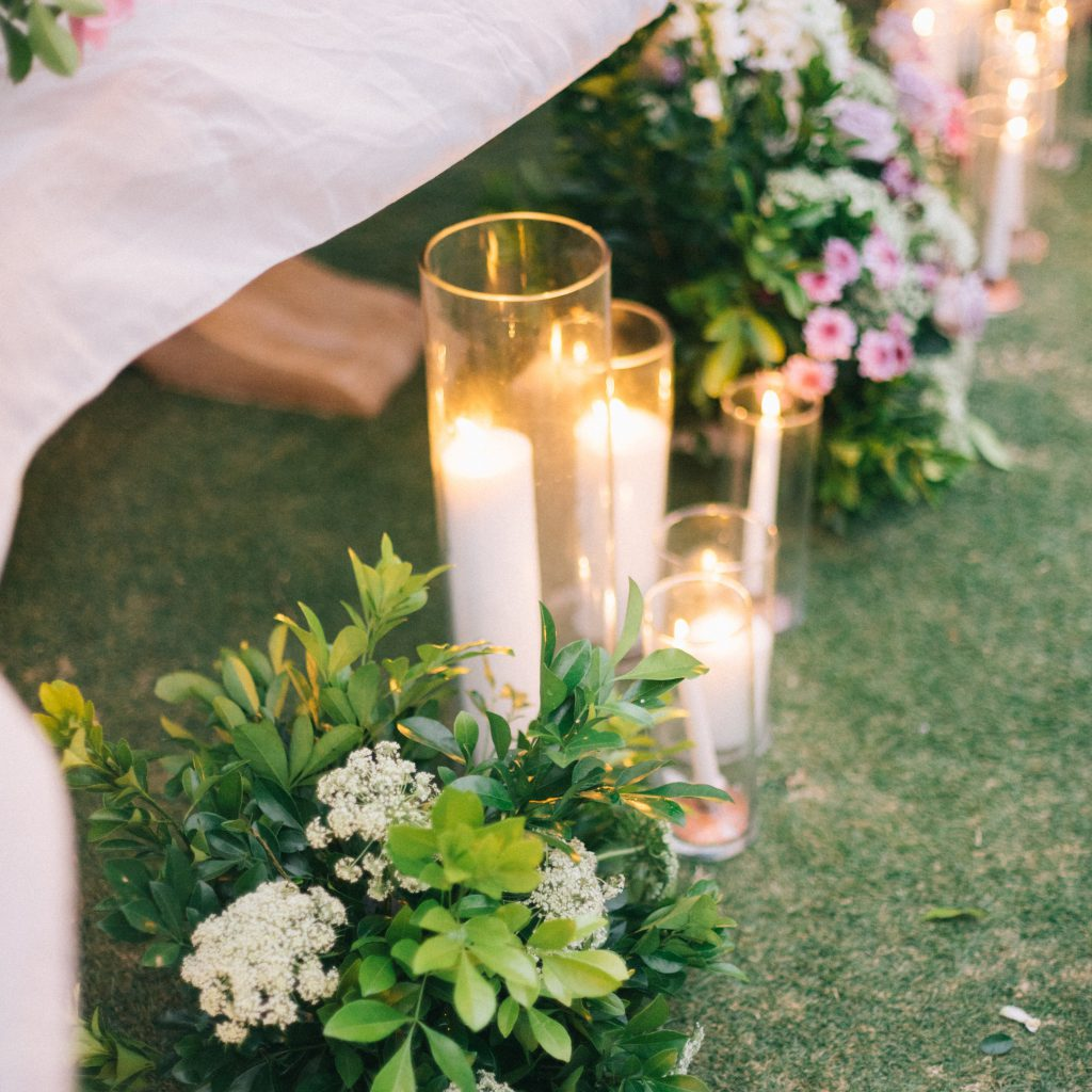 Dekoracje na ślub i wesele - ślub w plenerze
