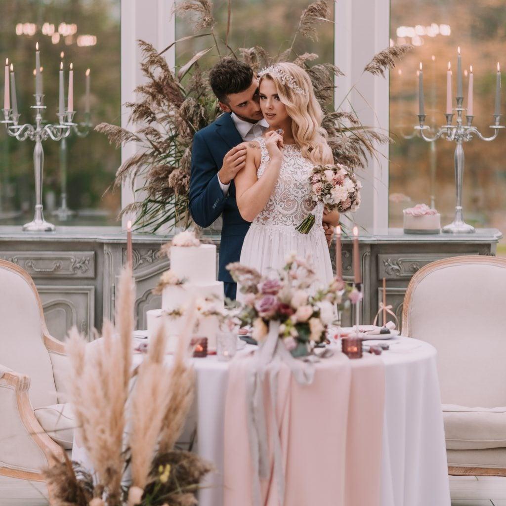 Dekoracje na ślub i wesele - sesja zdjęciowa pary młodej
