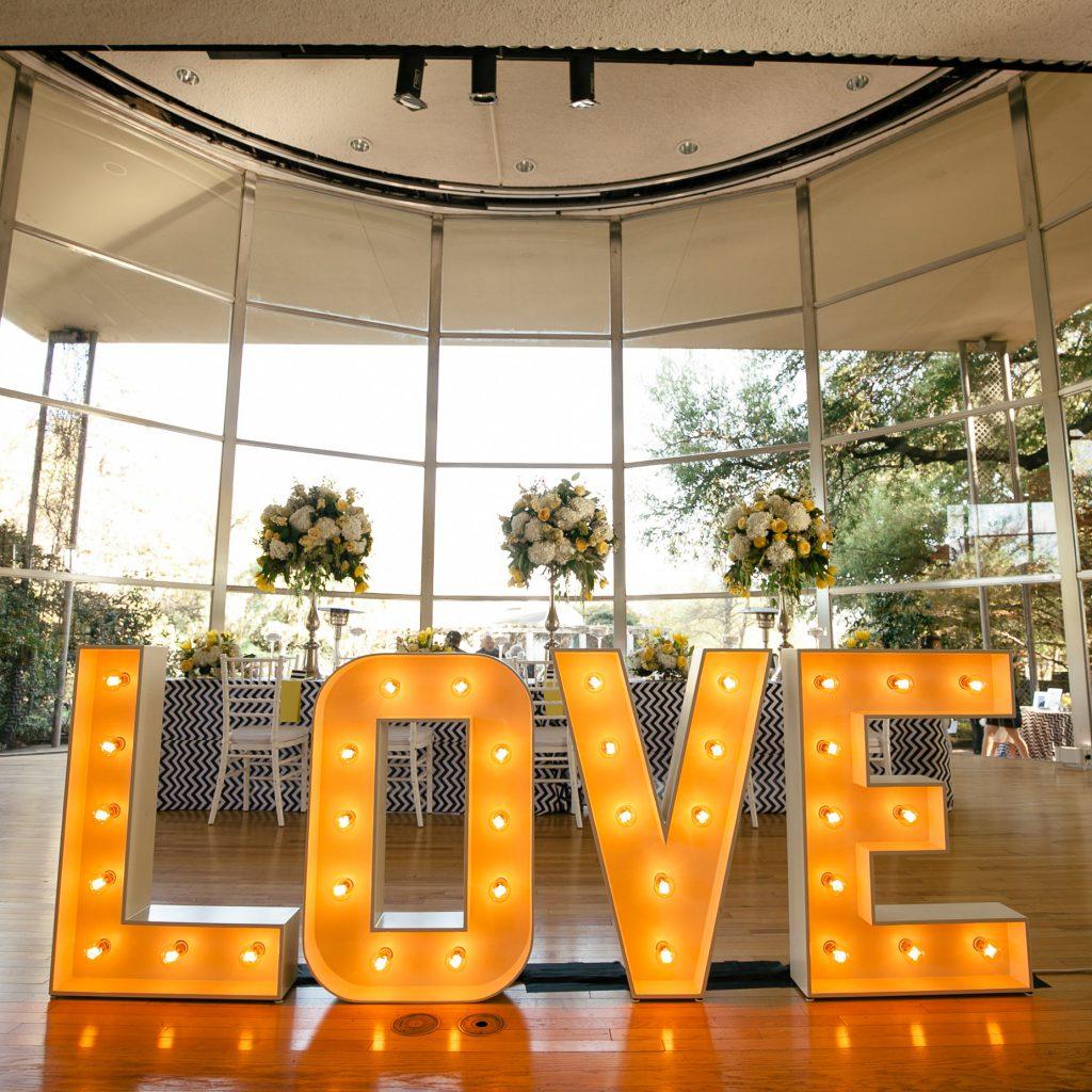 Organizacja ślubu i wesela Atrakcje ślubne weselne