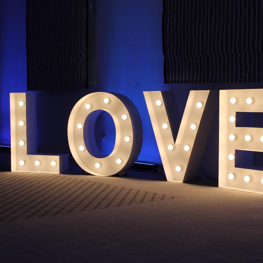 Trendy ślubne klasyczny niebieski