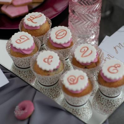 Słodki stół love ślub wesele
