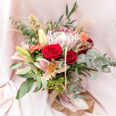 www Classy and elegant decor Dekoracje w dobrym guscie wesele szczecin bukiet wiazanka slub humanistyczny roz czerwien zielen milosc (3)