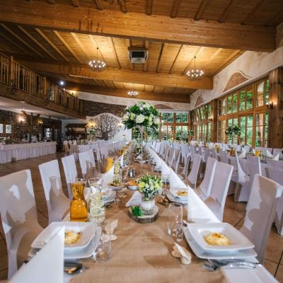 Classy-and-Elegant-Decor-dekoracje-rustykalne-stoly-slub-wesele-szczecin